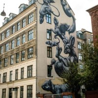 Mural by ROA on Gasværksvej 34 in Copenhagen